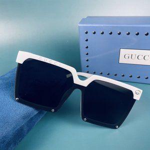 NWT ladies black sunglasses with white frame💞xa1